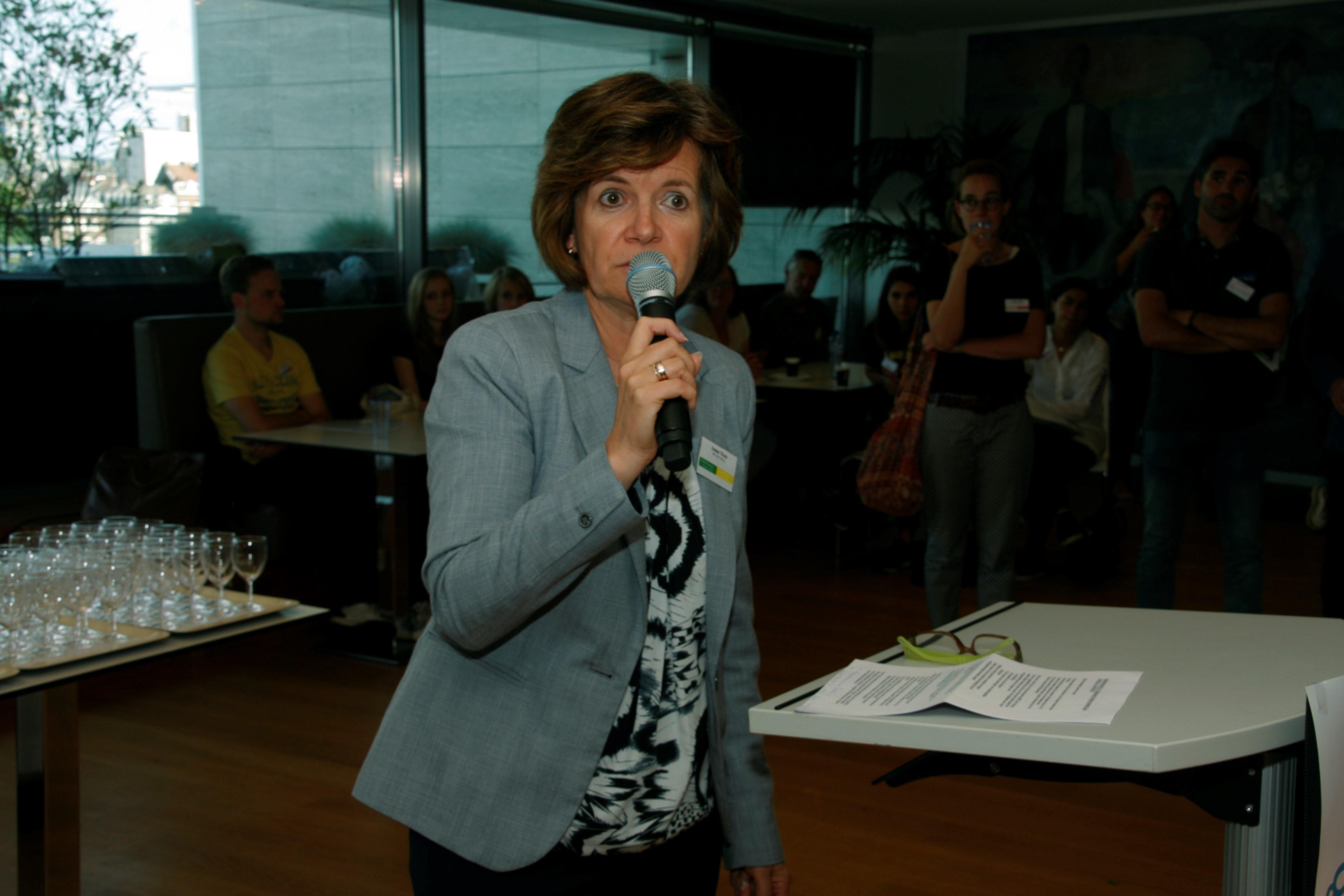 Irene Thuis